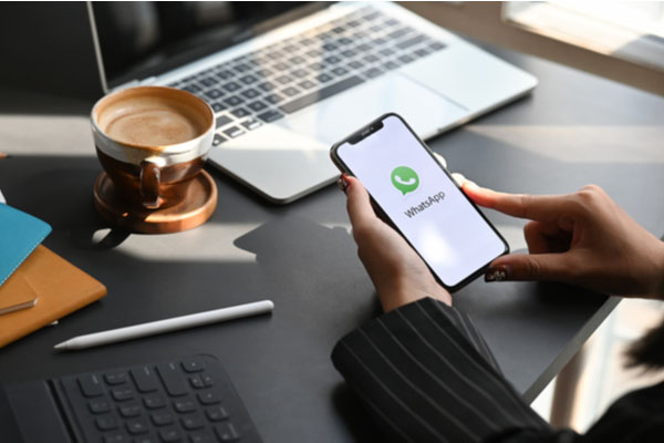 whatsapp iphone hack